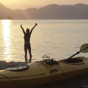 0615_kayak-sunrise_416x416